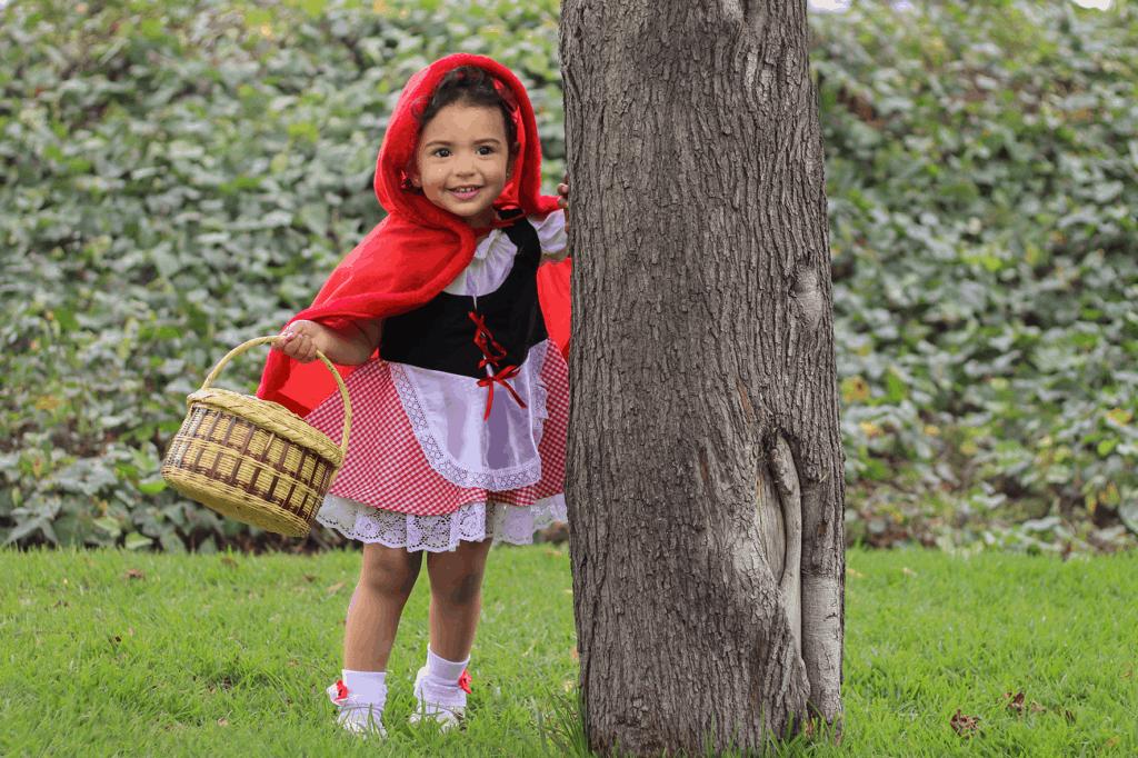 Inspiración para fotos de niños, niña de caperucita roja