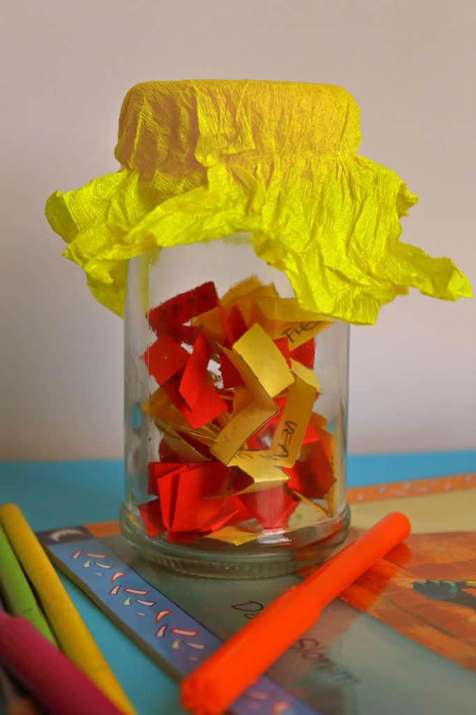 actividades para hacer en casa con niños, frasco de actividades