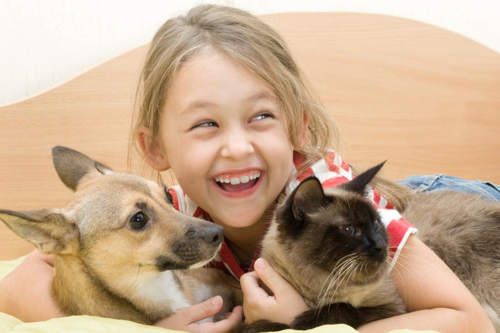 niños y el cuidado de las mascotas